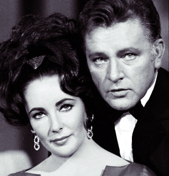 Elizabeth-and-Richard-elizabeth-taylor-and-richard-burton-31539745-346-359